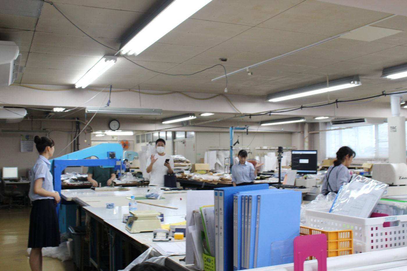 五泉高校生とニット工場で撮影2