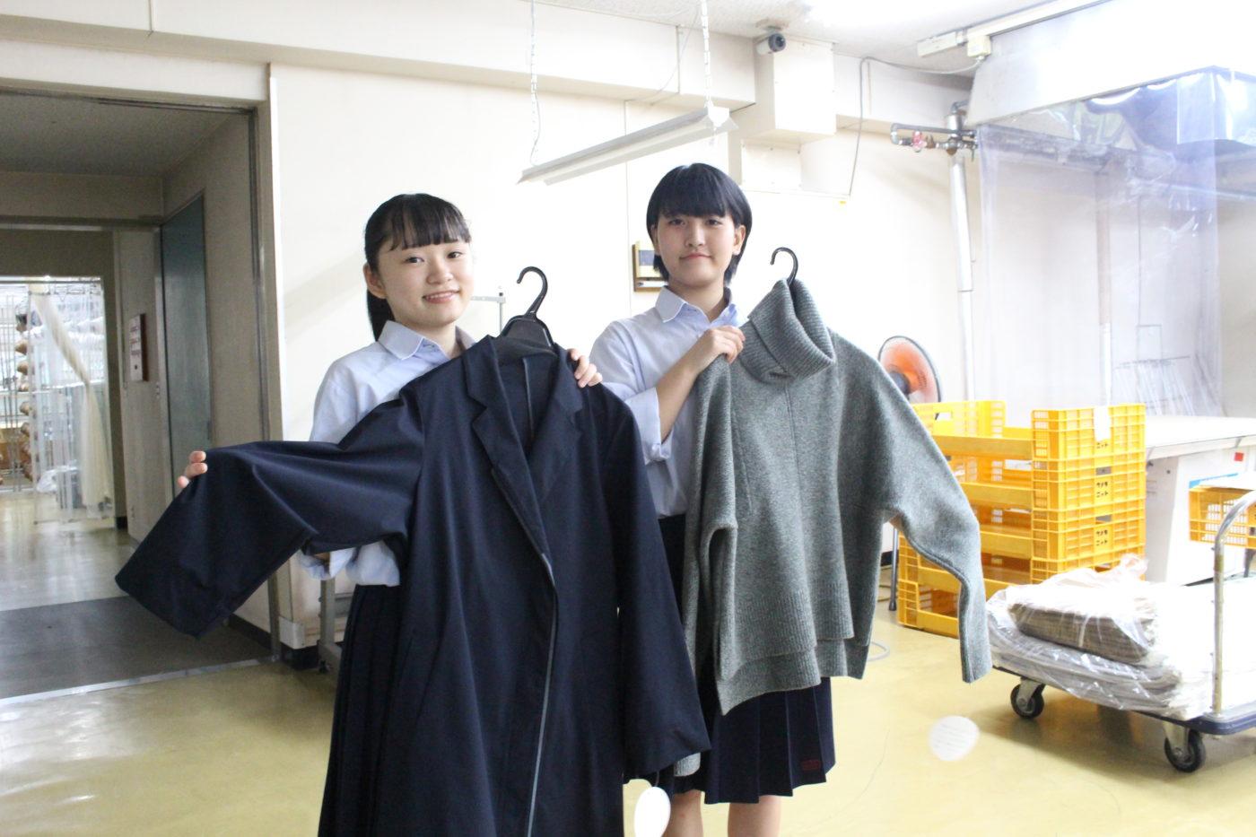 IMG_1396五泉高校生とニット工場で撮影4