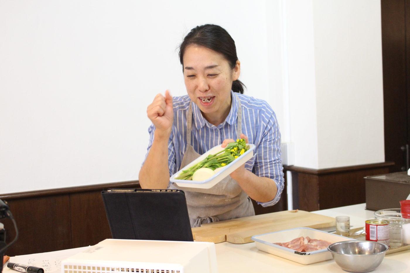 nukunukuオンライン料理教室の風景